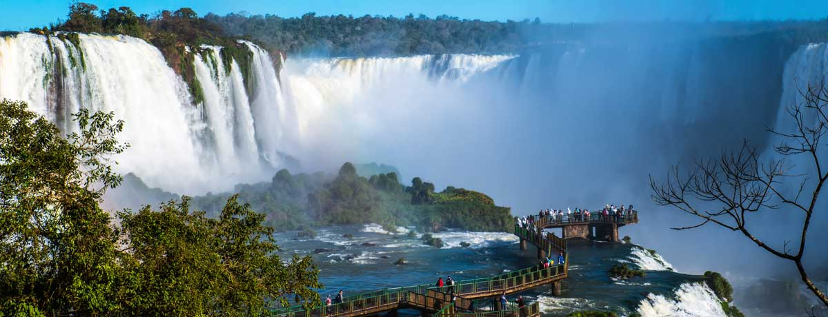 Iguazu watervallen in Argentinie en Brazilie zijn indrukwekkend mooi