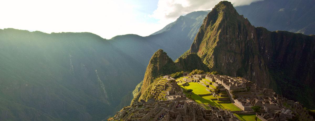 Machu Picchu staat op de bucket list van veel backpackers en is een prachtige ervaring om te bezoeken