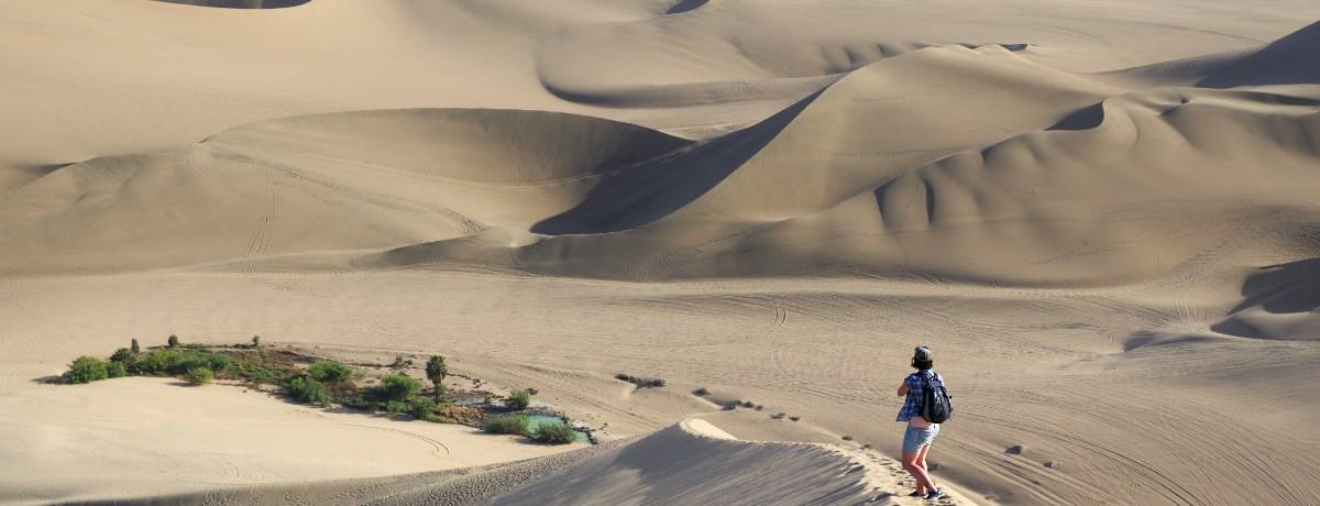 Huacachina, de oase in de Atacama woestijn in Peru