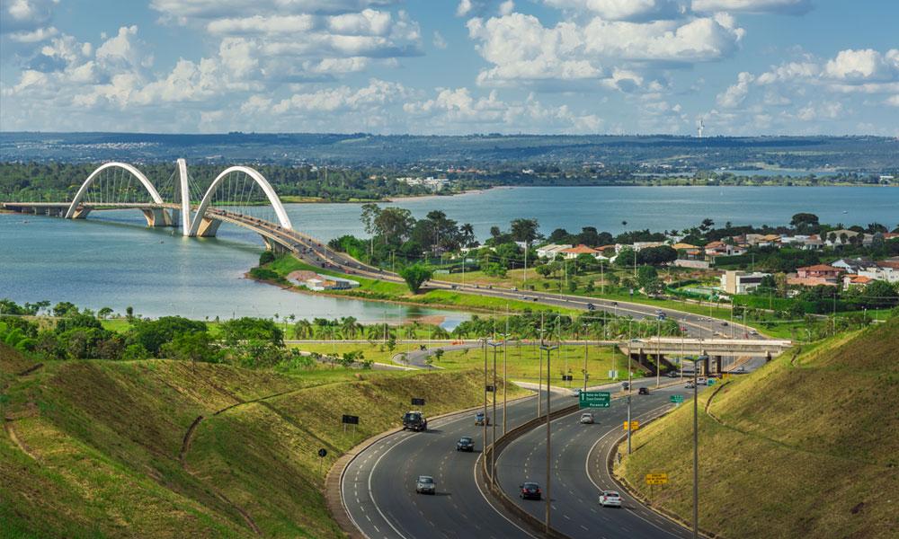 De JK brug in Brasilia, de hoofdstad van Brazilië